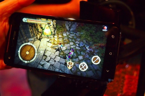 Gaming on HTC Droid DNA - Best games to play