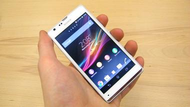 Sony Xperia SP specs features review Pros and Cons Best Android Phone below Rs 25000